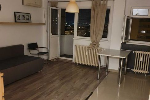 garsoniera bd. ferdinand balcon