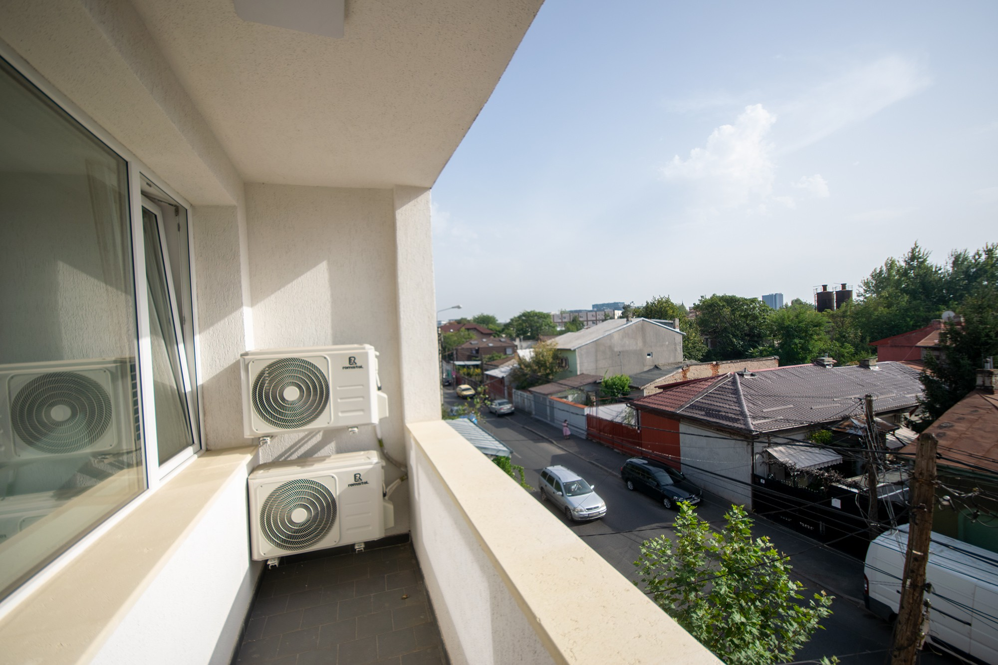 Apartament Crangasi 2 camere MARE si Modern