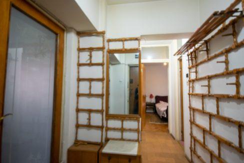 apartament-2-camere-hol