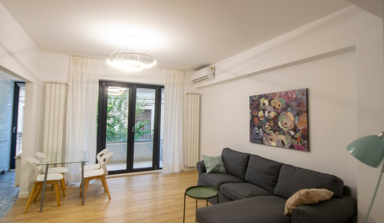 living-apartament-batiste-bucuresti